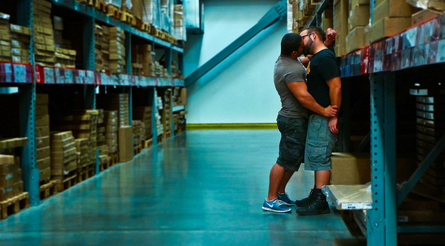 Kissing in Store