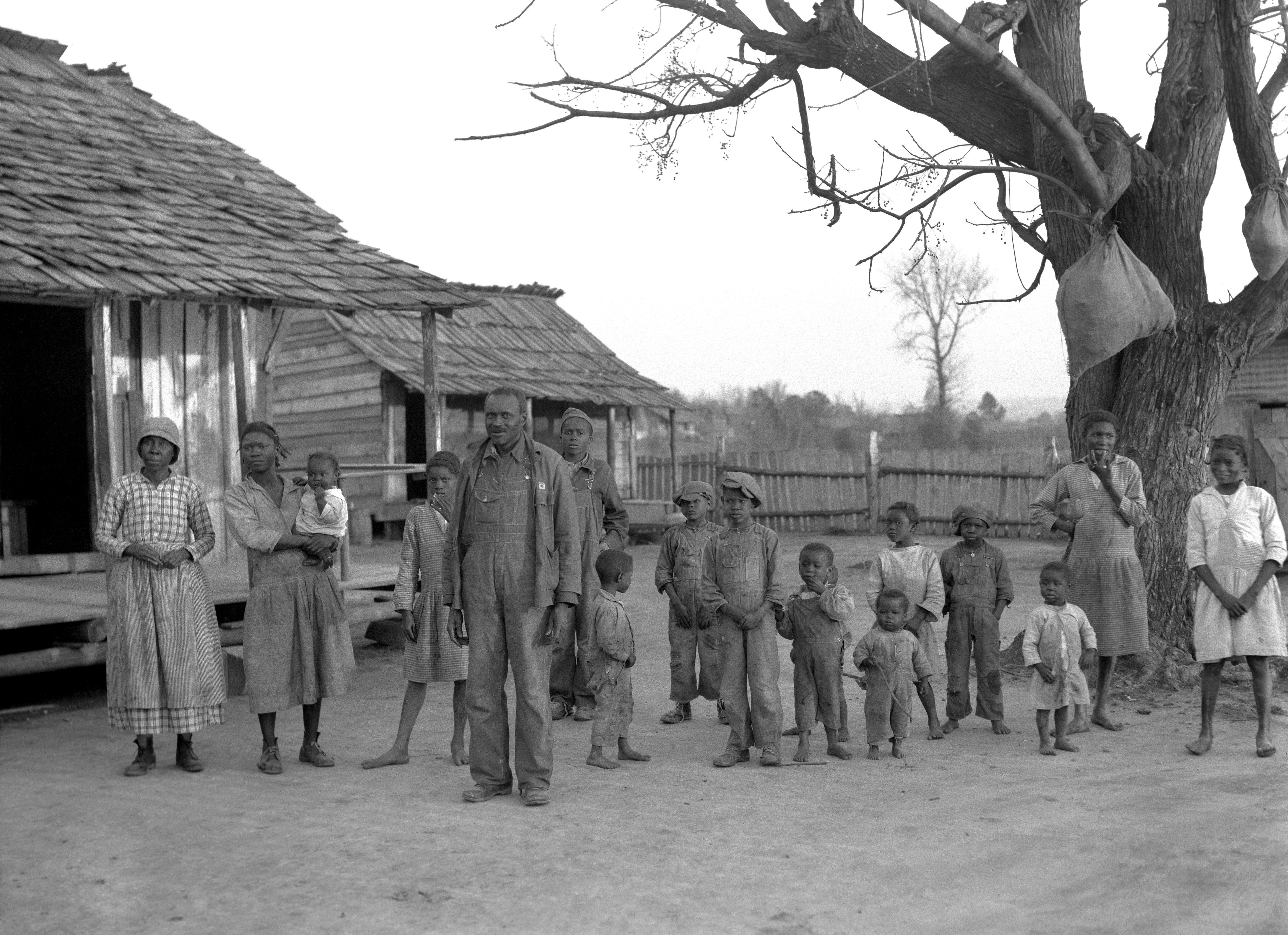 """""""Descendants of former slaves of the Pettway plantation, Alabama, USA."""""""