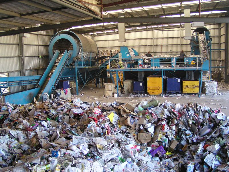 Recycling sorting facility