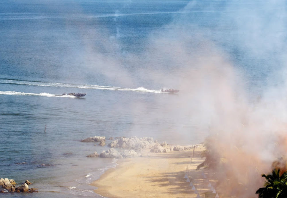 Chinese amphibious landing exercise