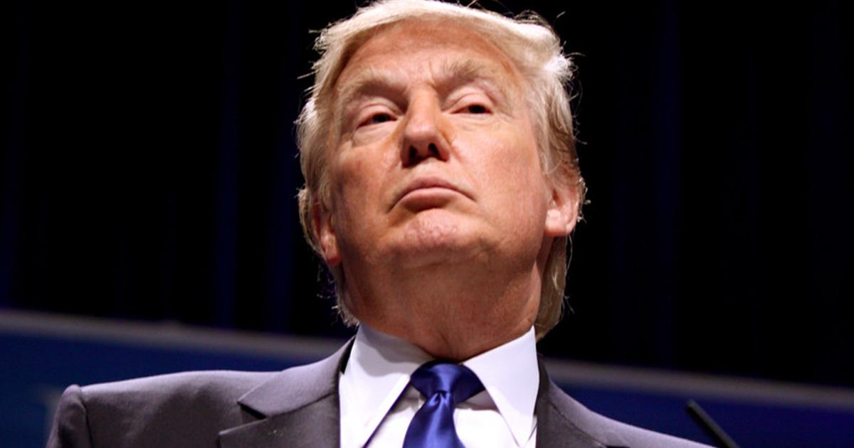 trump-glaring-down-from-podium